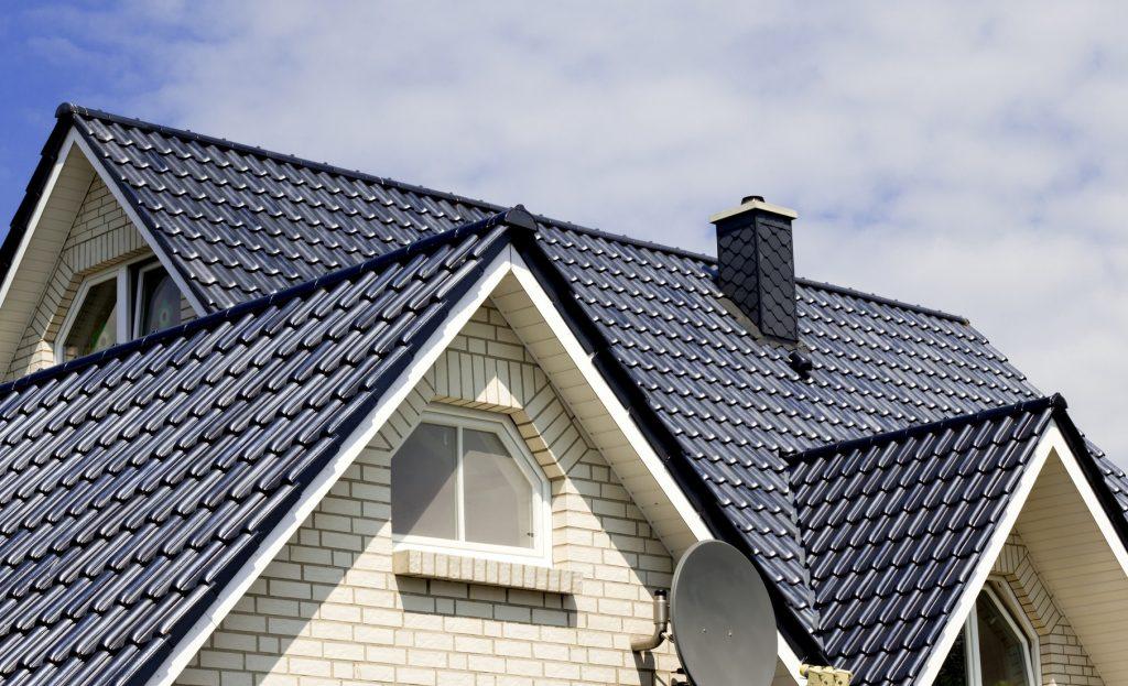 plural possessive of roof