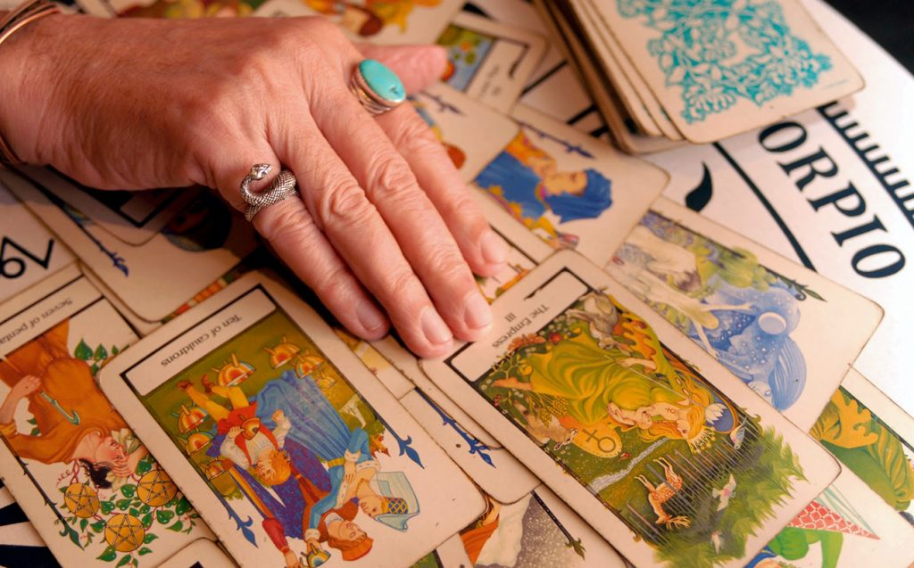 free love tarot what is he thinking